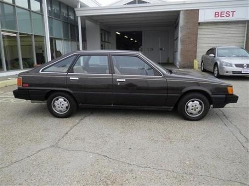 Photo Image Gallery & Touchup Paint: Toyota Camry in Gloss Black   (202)  YEARS: 1983-1984