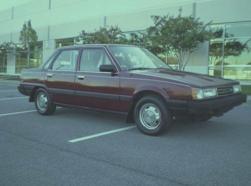 Photo Image Gallery & Touchup Paint: Toyota Camry in Dark Red   (3F1)  YEARS: 1985-1986