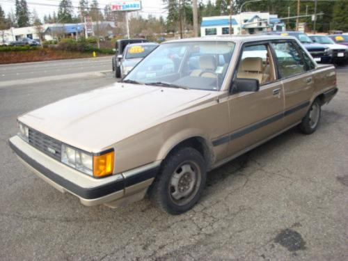 Photo Image Gallery & Touchup Paint: Toyota Camry in Beige Metallic   (4A5)  YEARS: 1983-1984