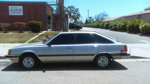Photo Image Gallery & Touchup Paint: Toyota Camry in Light Beige Metallic  (4D2)  YEARS: 1985-1985