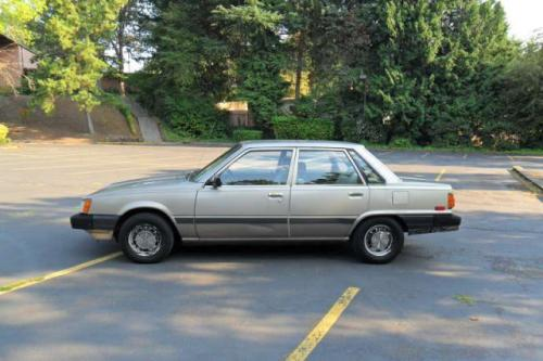 Photo Image Gallery & Touchup Paint: Toyota Camry in Beige Metallic   (4E6)  YEARS: 1986-1986