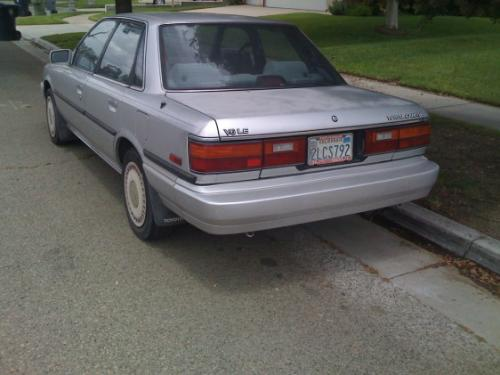Photo Image Gallery & Touchup Paint: Toyota Camry in Silver Metallic   (164)  YEARS: 1987-1988
