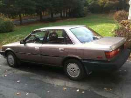 Photo Image Gallery & Touchup Paint: Toyota Camry in Brown Rosegray   (26G)  YEARS: 1988-1988