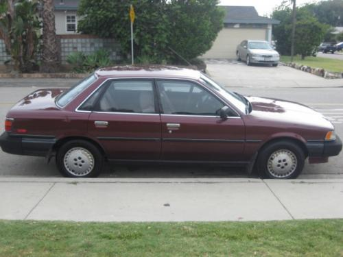 Photo Image Gallery & Touchup Paint: Toyota Camry in Dark Red Pearl  (3H3)  YEARS: 1987-1989