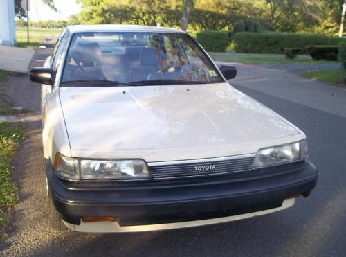 Photo Image Gallery & Touchup Paint: Toyota Camry in Beige Metallic   (4H3)  YEARS: 1987-1987
