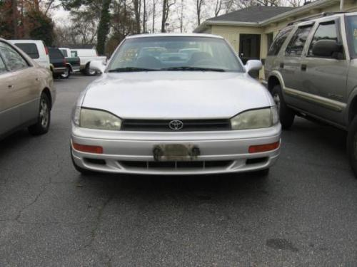 Photo Image Gallery & Touchup Paint: Toyota Camry in Silvermist Metallic   (176)  YEARS: 1992-1993