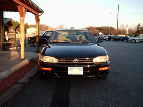 Photo Image Gallery & Touchup Paint: Toyota Camry in Black    (202)  YEARS: 1992-1996