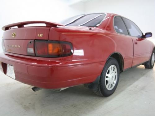 Photo Image Gallery & Touchup Paint: Toyota Camry in Rally Red   (3J6)  YEARS: 1994-1996
