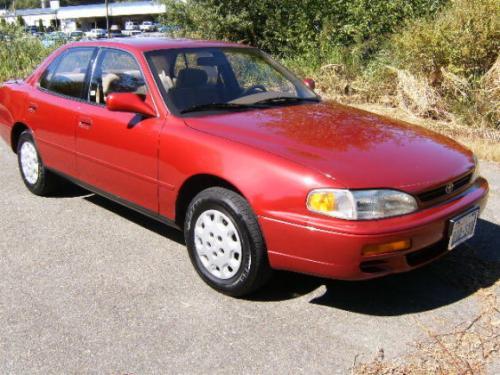 Photo Image Gallery & Touchup Paint: Toyota Camry in Sunfire Red Pearl  (3K4)  YEARS: 1993-1995