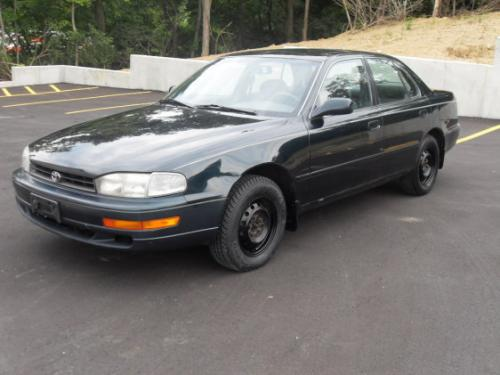 Photo Image Gallery & Touchup Paint: Toyota Camry in Dark Emerald Pearl  (6M1)  YEARS: 1992-1995