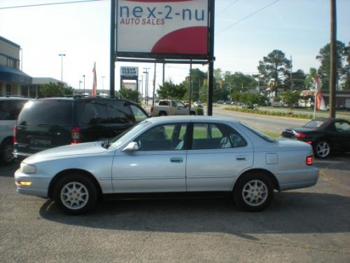 Photo Image Gallery & Touchup Paint: Toyota Camry in Ice Blue Pearl  (8G2)  YEARS: 1992-1992