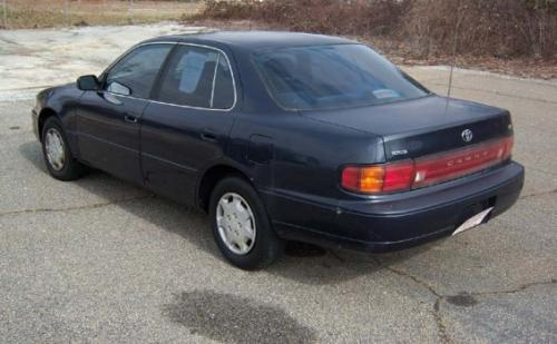 Photo Image Gallery & Touchup Paint: Toyota Camry in Frosted Sapphire Pearl  (8J4)  YEARS: 1992-1993