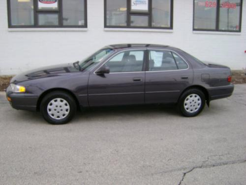 Photo Image Gallery & Touchup Paint: Toyota Camry in Shadow Plum Pearl  (927)  YEARS: 1996-1996
