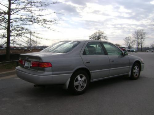 Photo Image Gallery & Touchup Paint: Toyota Camry in Antiquesage Lunarmist   (2HG)  YEARS: 2001-2001