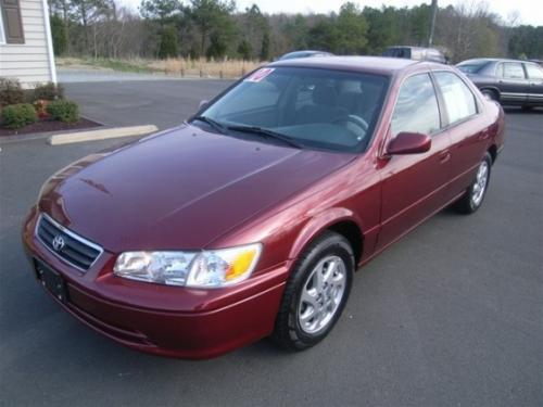 Photo Image Gallery & Touchup Paint: Toyota Camry in Vintage Red Pearl  (3N6)  YEARS: 1999-2001