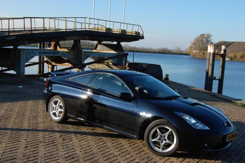Photo Image Gallery & Touchup Paint: Toyota Celica in Carbon Blue   (210)  YEARS: 2000-2005