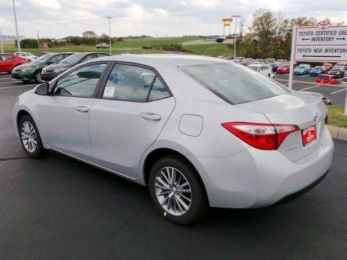 Photo Image Gallery & Touchup Paint: Toyota Corolla in Classic Silver Metallic  (1F7)  YEARS: 2014-2017