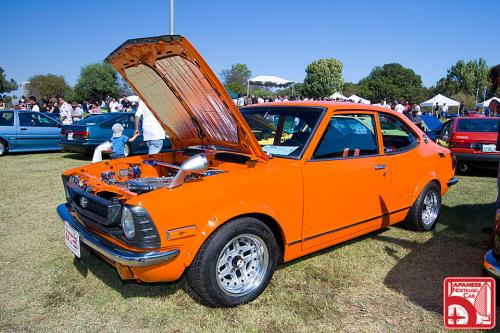 Photo Image Gallery & Touchup Paint: Toyota Corolla in Orange    (308)  YEARS: 1972-1974