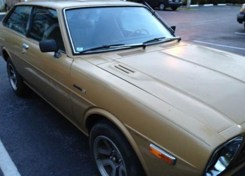 Photo Image Gallery & Touchup Paint: Toyota Corolla in Gold Metallic   (472)  YEARS: 1979-1979