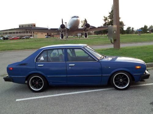 Photo Image Gallery & Touchup Paint: Toyota Corolla in Medium Blue   (857)  YEARS: 1976-1979