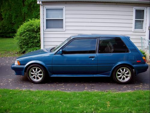 Photo Image Gallery & Touchup Paint: Toyota Corolla in Medium Blue Metallic  (8D4)  YEARS: 1987-1988