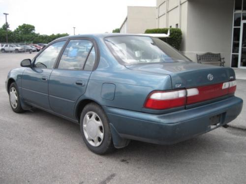 Photo Image Gallery & Touchup Paint: Toyota Corolla in Teal Mist Metallic  (6N1)  YEARS: 1995-1996
