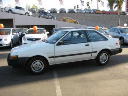 Photo Image Gallery & Touchup Paint: Toyota Corollasport in White    (041)  YEARS: 1985-1987