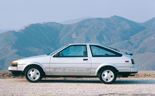 Photo Image Gallery & Touchup Paint: Toyota Corollasport in Silver Metallic   (147)  YEARS: 1984-1985