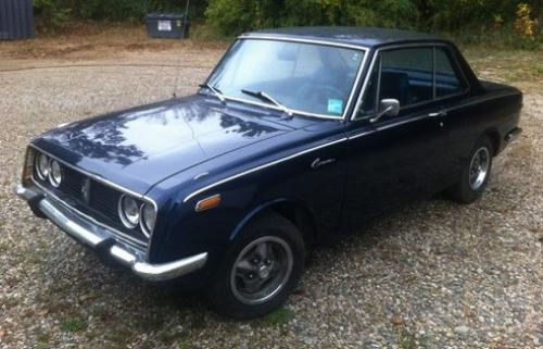 Photo Image Gallery & Touchup Paint: Toyota Corona in Orbit Blue   (T1386)  YEARS: 1968-1969