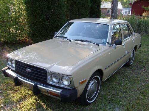 Photo Image Gallery & Touchup Paint: Toyota Corona in Beige    (464)  YEARS: 1977-1978