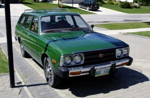 Photo Image Gallery & Touchup Paint: Toyota Corona in Light Green Metallic  (679)  YEARS: 1974-1978