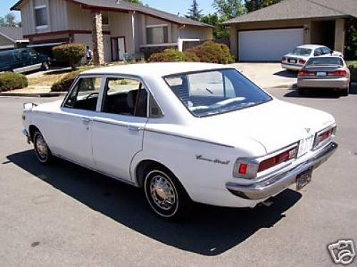 Photo Image Gallery: Toyota Coronamkii in White    (XX1)  YEARS: -