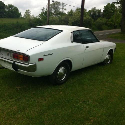 Photo Image Gallery & Touchup Paint: Toyota Coronamkii in White    (007)  YEARS: 1973-1973