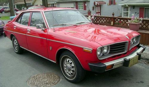 Photo Image Gallery & Touchup Paint: Toyota Coronamkii in Red    (335)  YEARS: 1975-1976
