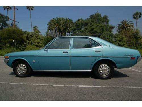 Photo Image Gallery & Touchup Paint: Toyota Coronamkii in Blue Star Sapphire  (805)  YEARS: 1973-1974