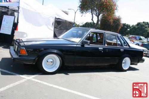 Photo Image Gallery & Touchup Paint: Toyota Cressida in Gloss Black   (202)  YEARS: 1983-1984