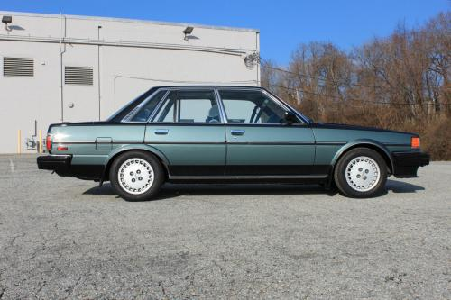 Photo Image Gallery & Touchup Paint: Toyota Cressida in Black Jade Gray  (2V1)  YEARS: 1985-1986