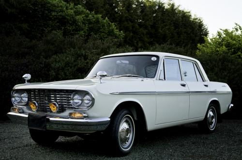 Photo Image Gallery & Touchup Paint: Toyota Crown in Laurel Green Metallic  (T1216)  YEARS: 1965-1967