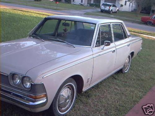 Photo Image Gallery & Touchup Paint: Toyota Crown in Pluto Beige   (T1352)  YEARS: 1968-1971