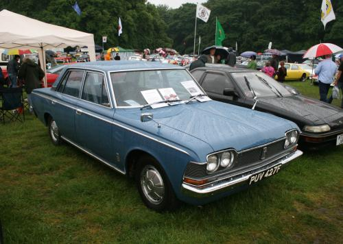 Photo Image Gallery & Touchup Paint: Toyota Crown in Delphi Blue Metallic  (T1423)  YEARS: 1968-1971