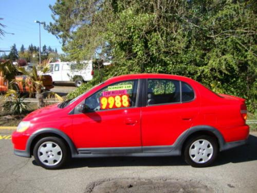 Photo Image Gallery & Touchup Paint: Toyota Echo in Absolutely Red   (3P0)  YEARS: 2000-2002