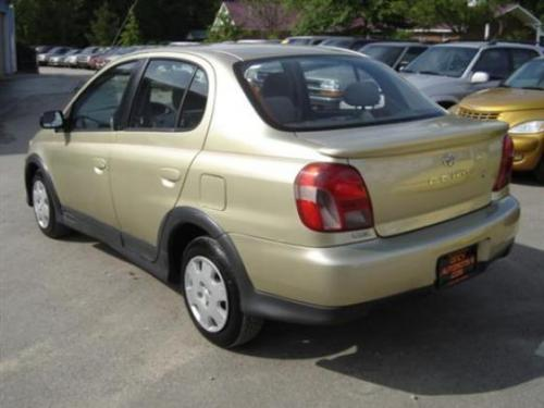 Photo Image Gallery & Touchup Paint: Toyota Echo in Satin Gold Metallic  (583)  YEARS: 2000-2002