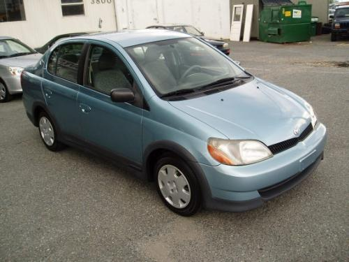 Photo Image Gallery & Touchup Paint: Toyota Echo in Seafoam Blue Metallic  (8P2)  YEARS: 2000-2002