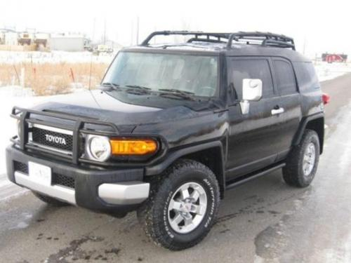Photo Image Gallery & Touchup Paint: Toyota Fjcruiser in Black Diamond Pearl  (211)  YEARS: 2007-2007