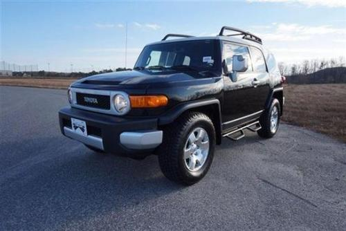 Photo Image Gallery & Touchup Paint: Toyota Fjcruiser in Black    (2KC)  YEARS: 2009-2014