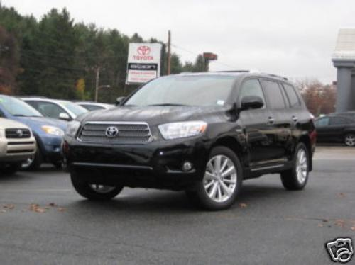 Photo Image Gallery & Touchup Paint: Toyota Highlander in Black    (202)  YEARS: 2008-2013