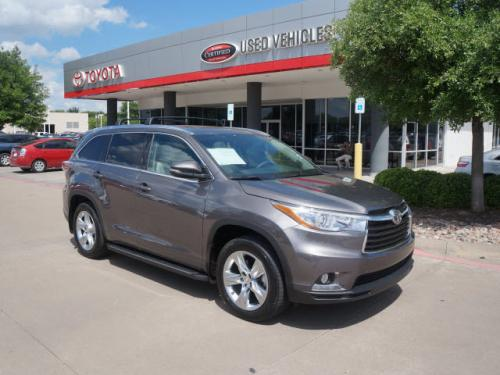 Photo Image Gallery & Touchup Paint: Toyota Highlander in Predawn Gray Mica  (1H1)  YEARS: 2014-2017