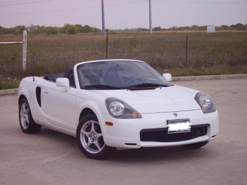 Photo Image Gallery & Touchup Paint: Toyota Mr2 in Super White   (040)  YEARS: 2000-2005