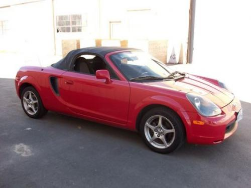 Photo Image Gallery & Touchup Paint: Toyota Mr2 in Absolutely Red   (3P0)  YEARS: 2000-2005