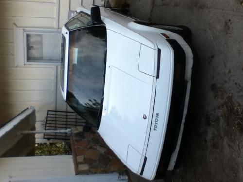 Photo Image Gallery & Touchup Paint: Toyota Mr2 in Super White   (040)  YEARS: 1985-1988